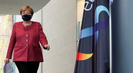 """Merkel: """"Njemačka je na prekretnici s koronavirusom"""""""