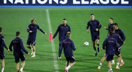 """""""Vatreni"""" odradili posljednji trening uoči utakmice s Francuskom"""