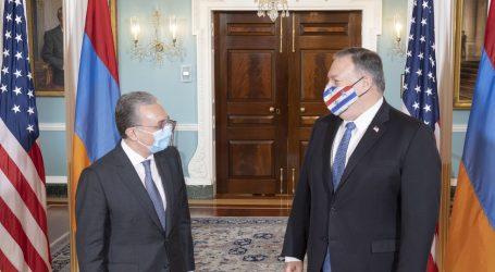 """Armenija i Azerbajdžan obvezali se na novo """"humanitarno primirje"""" od ponedjeljka"""