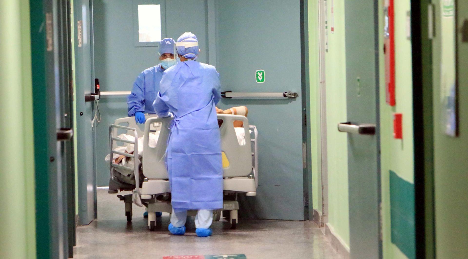 Slovenija će na vrhuncu epidemije trebati 1200 postelja za covid pacijente