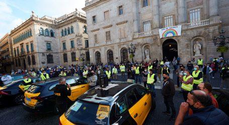 U Španjolskoj izvanredno stanje do svibnja, Katalonija zatvorena