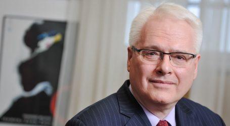 """Josipović: """"Prirodno je da premijer brani ministre, a Milanović je suštinski u pravu"""""""