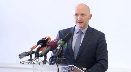 Petek: Zagreb propada pod vlašću Bandića, uz podršku premijera