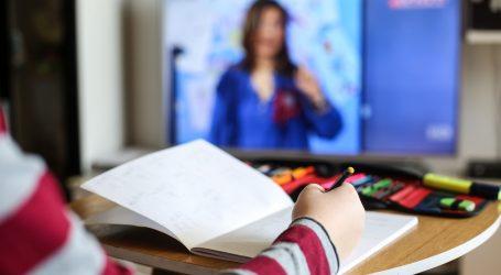 Čak deset razreda srednje škole u Slavonskom Brodu ima online nastavu