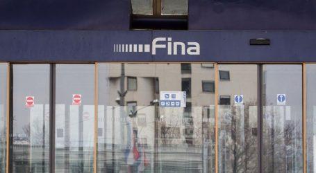 FINA: Dug građana smanjen za 200 milijuna kuna