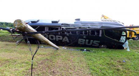 Prometna nesreća na autocesti A1,  više ozlijeđenih i u sudaru autobusa