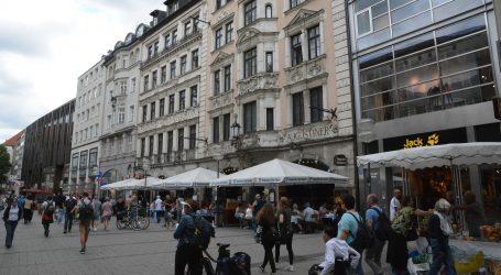 Merkel želi zatvoriti sve restorane, barove i teretane