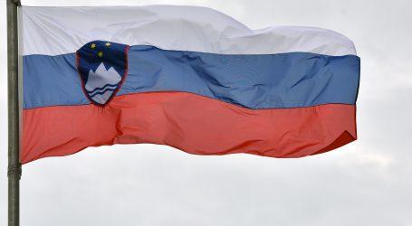 Slovenija ima preko tri tisuće aktivnih slučajeva, okupljanja samo do deset ljudi