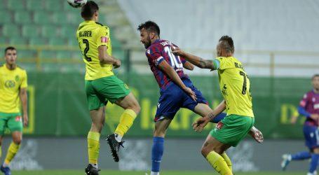 Vuk strijelac za slavlje Istre nad Hajdukom, Caktaš promašio kazneni udarac