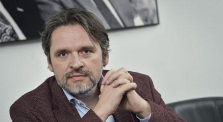 VELIMIR ŠONJE: 'Problem ekonomije nije reakcija na krizu posljednjih mjeseci, naši su problemi puno dugotrajniji i dublji'