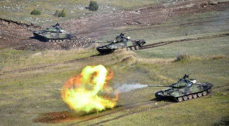 Dodik na vojnoj vježbi Srbije