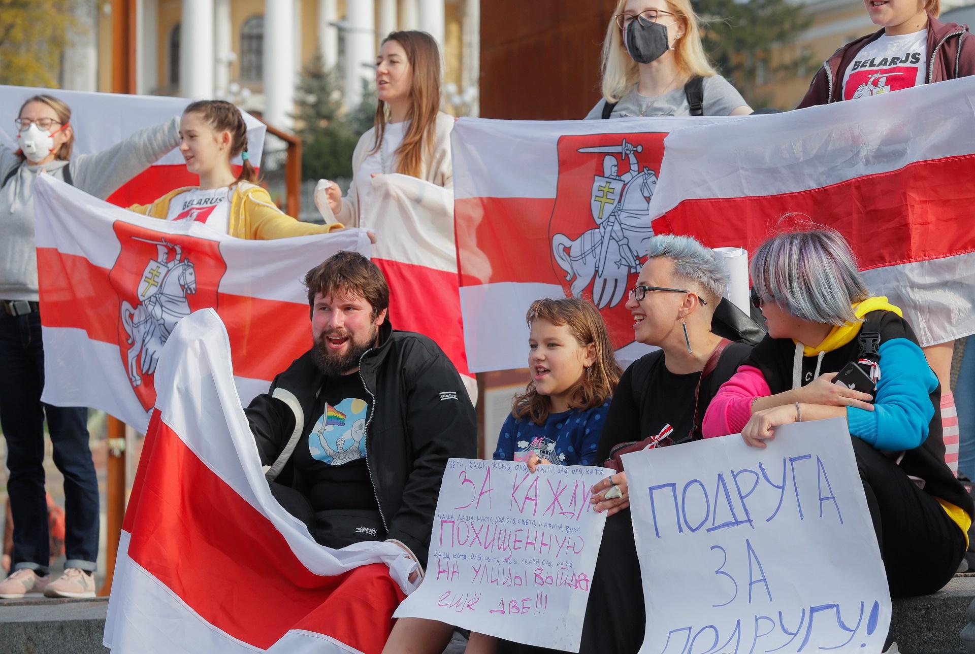 Žene prosvjeduju protiv Lukašenka