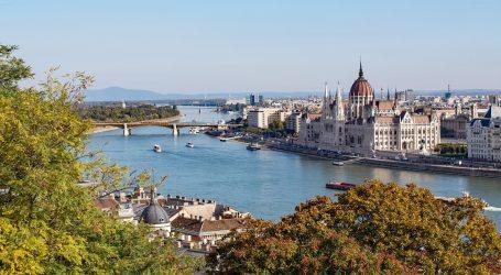 U  Mađarskoj prvi put više od tri tisuće novozaraženih