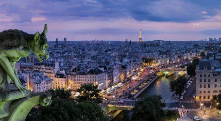 Policijski sat u Parizu