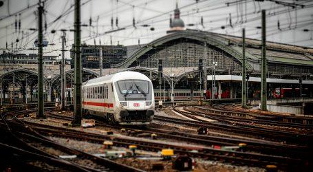 Njemačka policija deaktivirala sumnjivu napravu u vlaku blizu Koelna