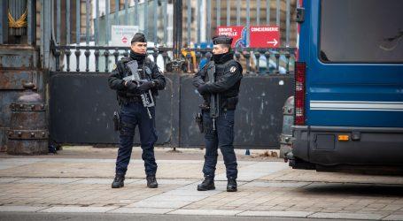 Krvavi obiteljski obračun u Parizu, među petero mrtvih je četvero djece