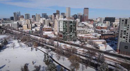 Denver pokriven gustim snijegom