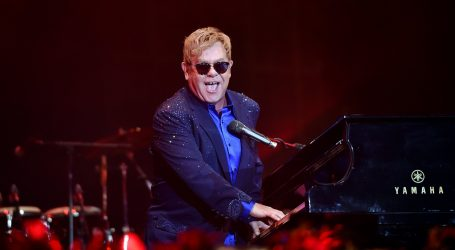 Elton John u svojoj kolekciji ima preko 130.000 CD-a i vinila