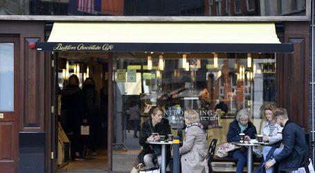 Irska planira postupno ukidati mjere protiv covida-19 uoči Božića