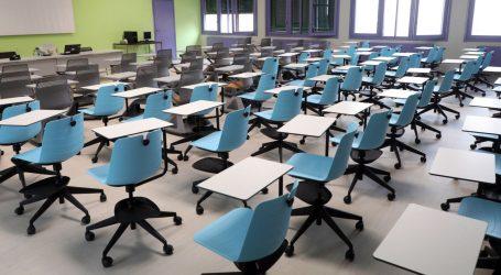 Francuski učitelji u štrajku zbog rizika od covida-19 u pretrpanim razredima