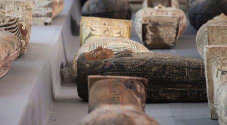 Egipatski arheolozi pronašli više od 100 sarkofaga starijih od 2,5 tisućagodina