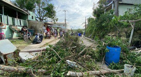 Najmanje 15 mrtvih u snažnoj oluji Ioti