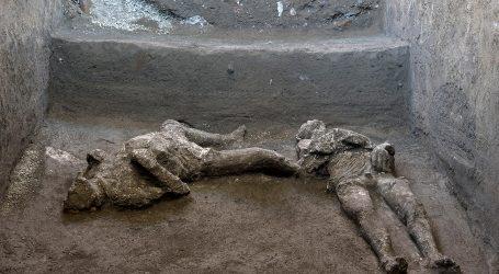U Pompejima otkriveni očuvani ostaci muškaraca stradalih u erupciji Vezuva