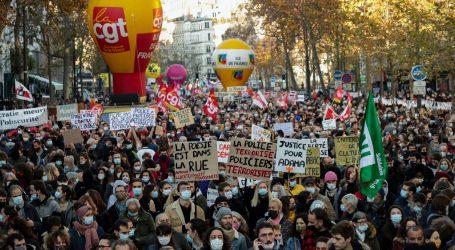 Suzavac i šok granate na prosvjedu u Parizu protiv policijskog nasilja