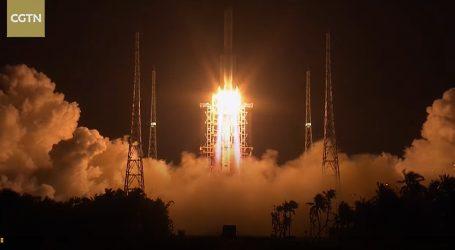 Kina lansirala sondu za prikupljanje uzoraka na Mjesecu