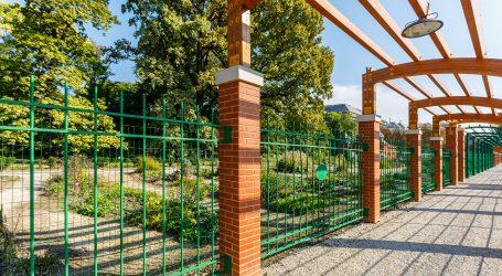 ZAGREB: Ustaškim grafitima išarana svjetska izložba o toleranciji na ulazu Botaničkog vrta
