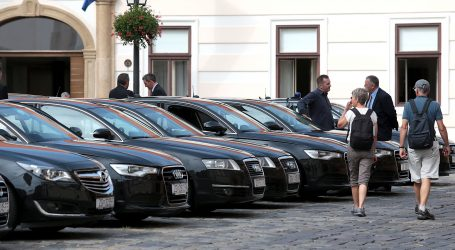 Estonska ministruca obrazovanja smijenjena nakon što joj je službeni vozač privatno razvozio djecu