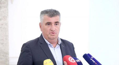 """Bulj: """"Vlada mora prestati financirati SNV"""""""