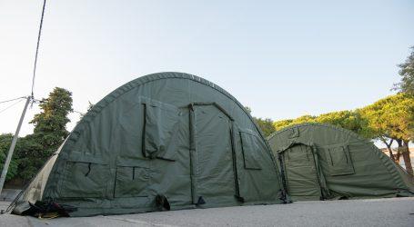 Varaždinska bolnica popunjena, prvi pacijenti smješteni u šator