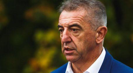 """Milinović izašao iz bolnice: """"Dođite pogledati kako izgleda borba za jedan udah"""""""