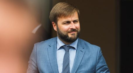 Ćorić u Budimpešti razgovarao o LNG-u i otkupu dionica INA-e