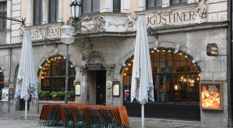 Merkel kritizirala otvaranje hotela između Božića i Nove godine