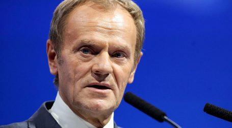 Tusk optužuje poljsku vladu da provodi rusku strategiju podrivanja EU-a