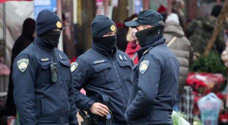 Zagrebačka policija tijekom racije na Trnju privela 40-godišnjaka zbog kršenja mjera