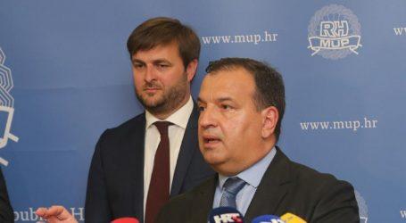 I desnica i ljevica za opoziv Ćorića i Beroša