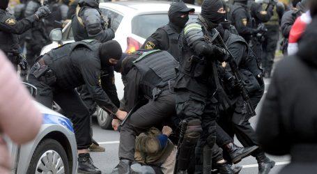 Na prosvjedima u Bjelorusiji uhićeni deseci liječnika