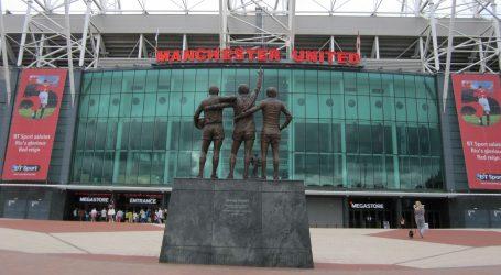 Legendarni Bobby Charlton obolio od demencije
