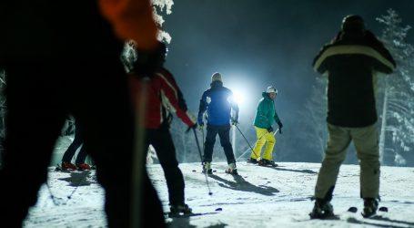 Nakon iznenadnog snijega otvoreno skijalište u Coloradu