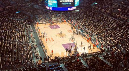 Lakersi sezonu počinju bez navijača na tribinama