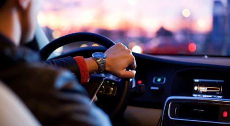 Njemački vozači više vole klasične tipke nego zaslone osjetljive na dodir