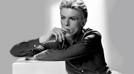 Na Bowiev rođendan 8. siječnja izlazi EP s njegovim obradama Dylana i Lennona