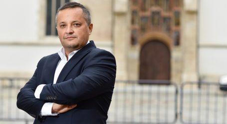 "Branko Kolarić: ""Ohrabrujem prelazak na online nastavu"""