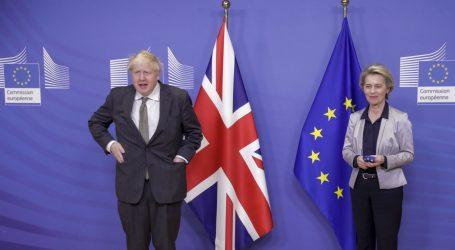 Johnson smatra da postoji velika mogućnost da se ne postigne dogovor s EU-om