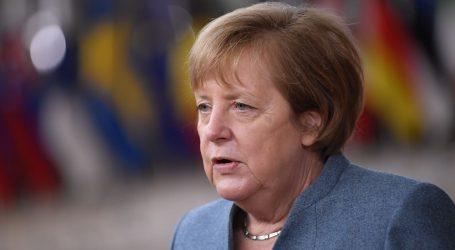 Merkel 'pao kamen sa srca' nakon prihvaćanja proračuna i fonda oporavka