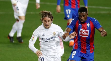 'Desetka' ostaje njegova: Modrić prihvatio jednogodišnji ugovor i smanjenje plaće u Realu