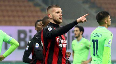 Milan slavio u derbiju protiv Lazija, Rebić zabio svoj prvi ovosezonski gol i izborio penal